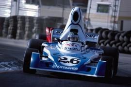 Ligier JS5, agora de frente.
